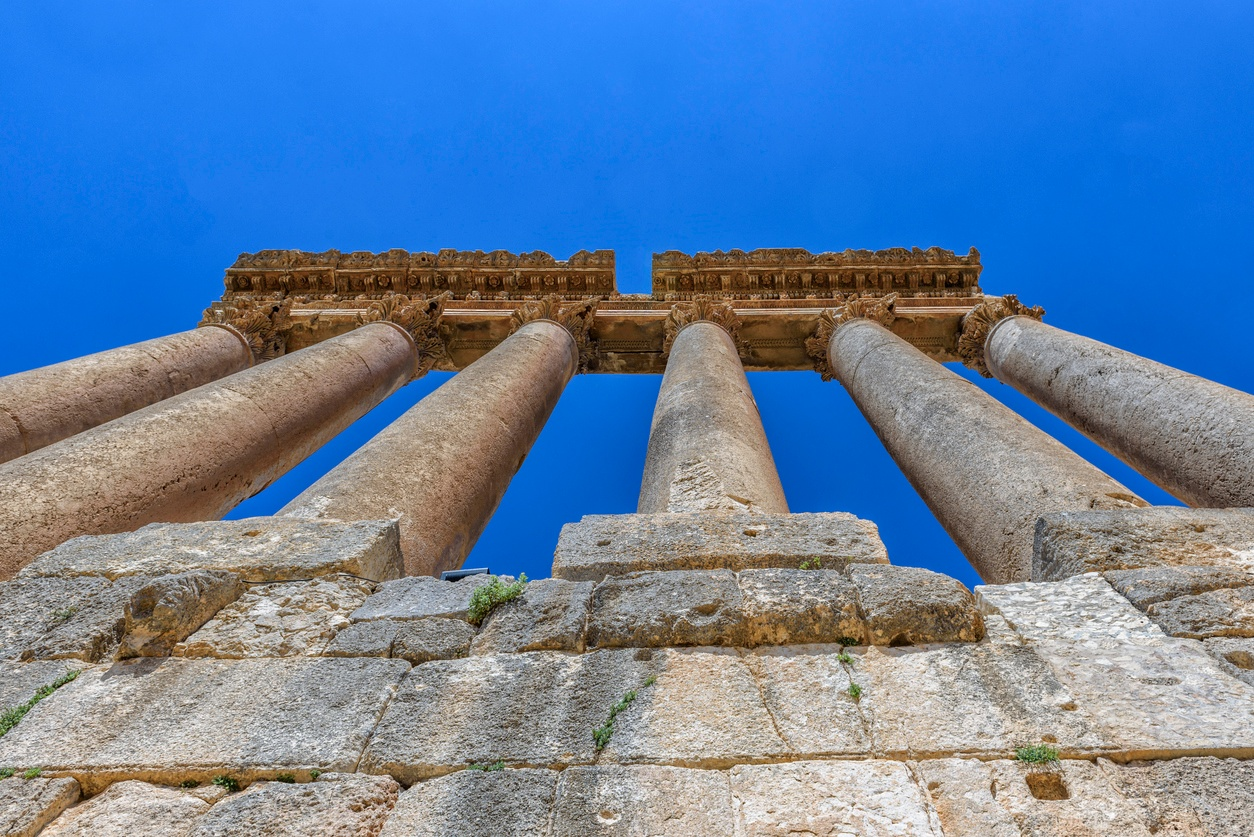 6 Pillars to Building Trust in the Workplace
