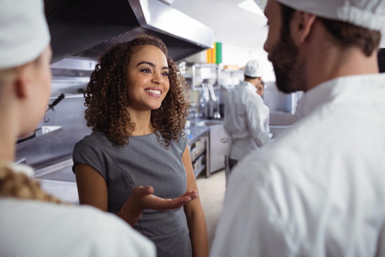 run restaurant efficiently
