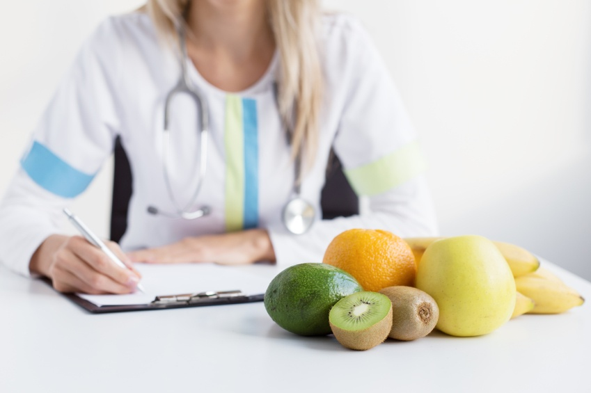responsibilities of nutritionists
